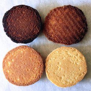 نكات پخت كيك - اشتباهات رايج هنگام پخت - اشتباهات كيك پزي - اشتباهات شيريني پزي - يكنواخت نبودن رنگ كوكيها