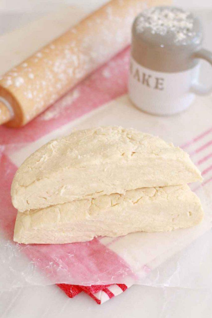 طرز تهیه شیرینی زبان خانگی - طرز تهیه خمیر هزار لایه - شیرینی عید