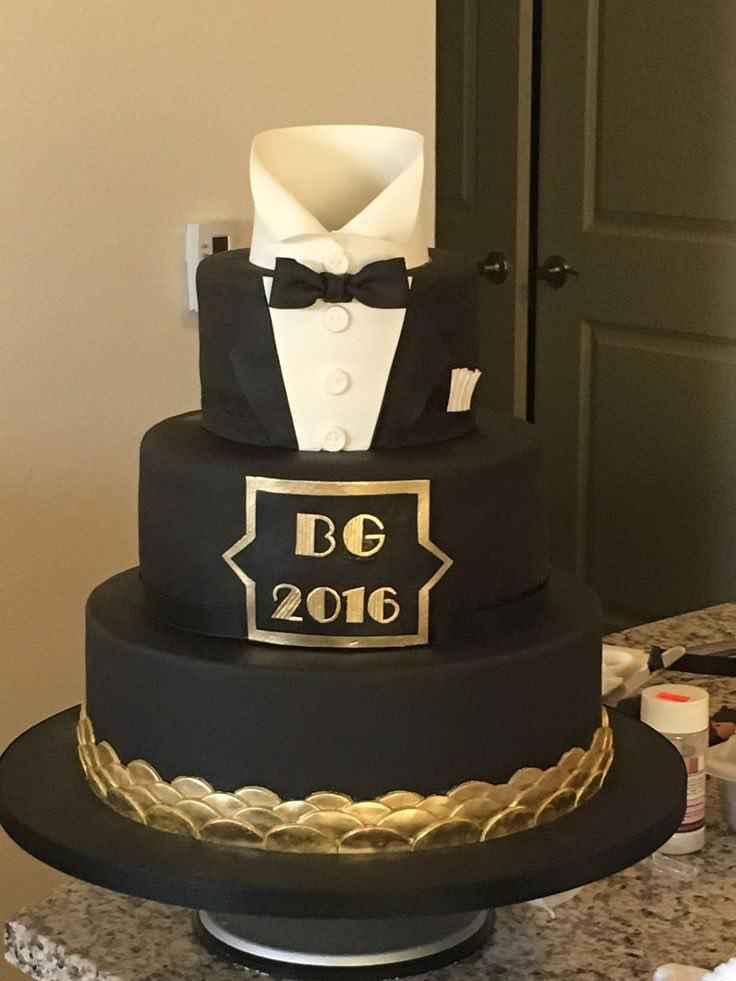 کیک تولد بهمن ماه