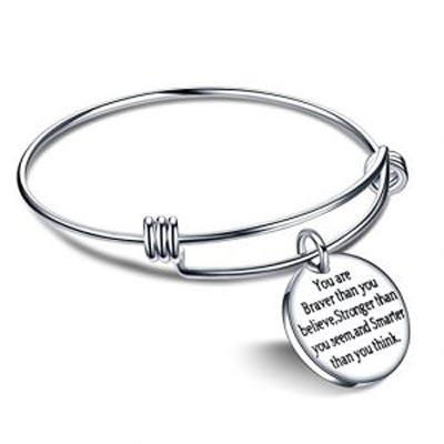 کادو تولد برای دختر-دستبند اهام بخش-کادو تولد دخترانه مناسب