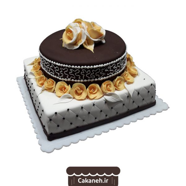 کیک طبقاتی - کیک تولد گل - کیک تولد زنانه - سفارش کیک تولد - کیک تولد در اصفهان