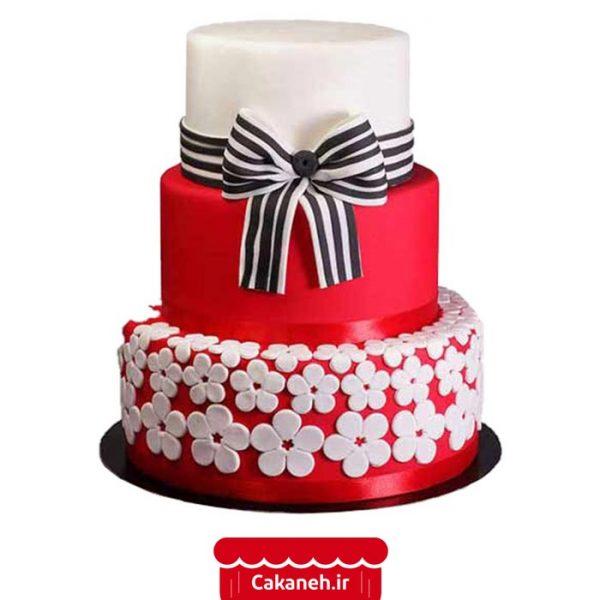 کیک تولد پاپیون - کیک تولد طبقاتی - کیک تولد دخترانه - سفارش کیک تولد - کیک تولد در اصفهان