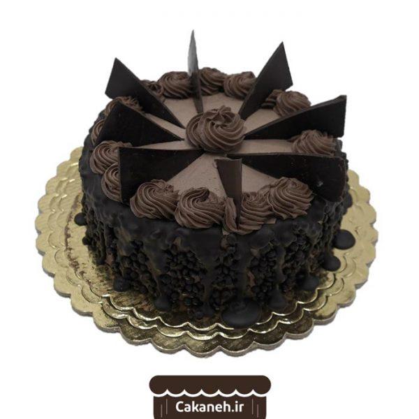 کیک تولد شکلاتی - کیک تولد ویترینی - سفارش کیک تولد - کیک تولد در اصفهان