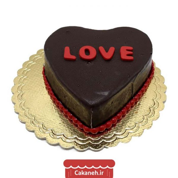 کیک تولد قلب - کیک تولد ویترینی - کیک تولد شکلاتی - سفارش کیک تولد - کیک تولد در اصفهان
