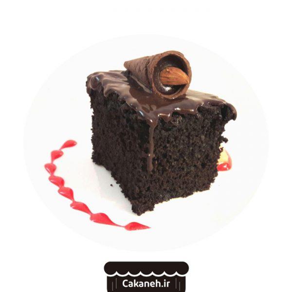 کیک شکلاتی خیس - کیک شکلاتی - کیک کافی شاپی - کیک خانگی - سفارش کیک تولد - کیک تولد در اصفهان