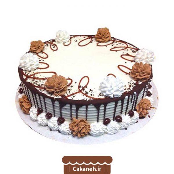 کیک تولد ویترینی - کیک خانگی - سفارش روزانه - سفارش کیک تولد - کیک تولد در اصفهان