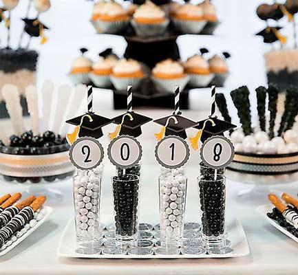 جشن فارغ التحصیلی - ایده برای جشن فار التحصیلی - برنامه ریزی برای جشن فارغ التحصیلی - خوراکی جشن فارغ التحصیلی - کوکی به شکل کلاه فارغ التحصیلی